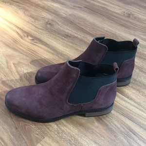 NEVER WORN: Franco Sarto Suede Booties